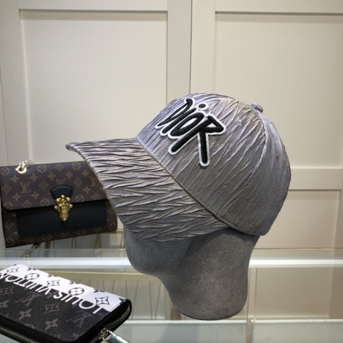 Christian Dior Caps #842046