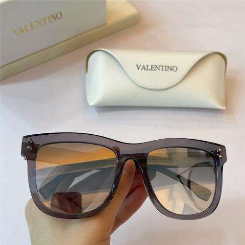 Valentino AAA Quality Sunglasses #842081