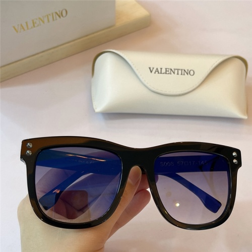 Valentino AAA Quality Sunglasses #842085