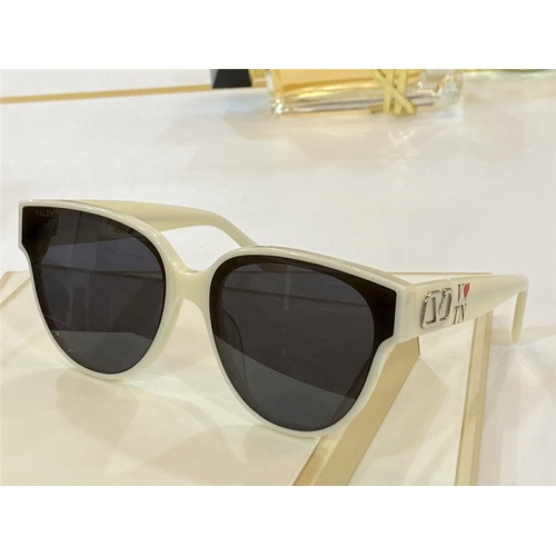 Valentino AAA Quality Sunglasses #842152