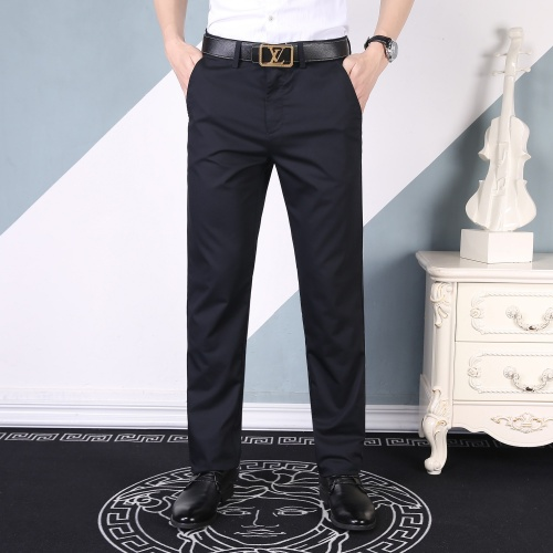 Burberry Pants For Men #842412