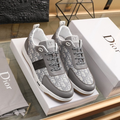 Christian Dior Casual Shoes For Men #842459