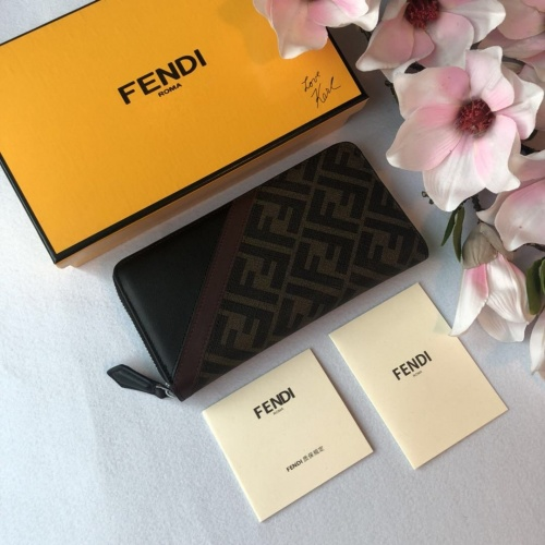 Fendi AAA Quality Wallet For Men #842673