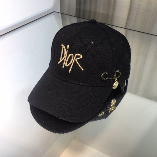 Christian Dior Caps #842875