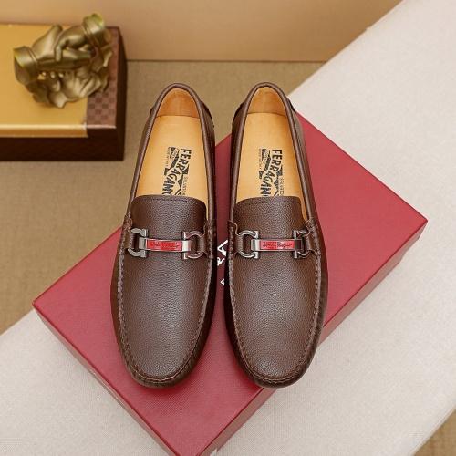 Ferragamo Leather Shoes For Men #842924