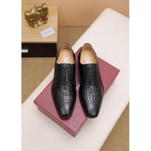 Ferragamo Leather Shoes For Men #842929