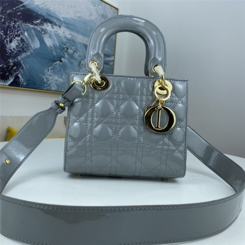 Christian Dior AAA Quality Messenger Bags For Women #843623