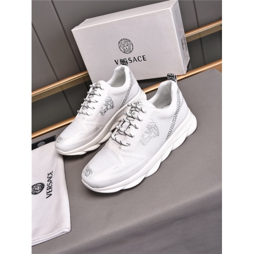 Versace Casual Shoes For Men #843647