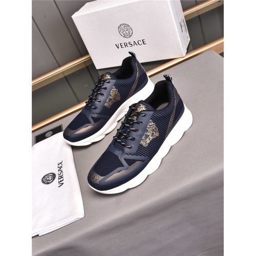 Versace Casual Shoes For Men #843648