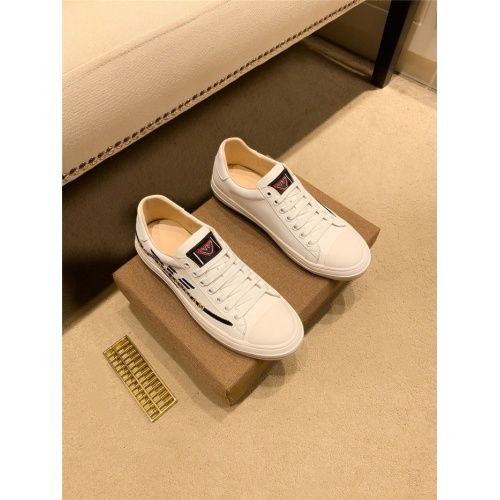 Armani Casual Shoes For Men #843659