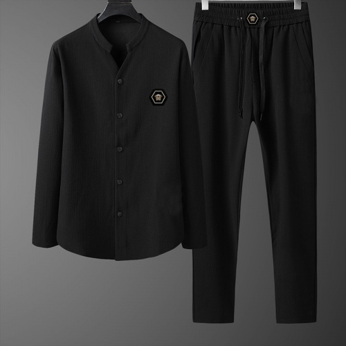 Versace Tracksuits Long Sleeved For Men #843729