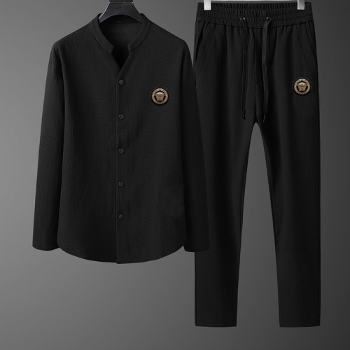 Versace Tracksuits Long Sleeved For Men #843731