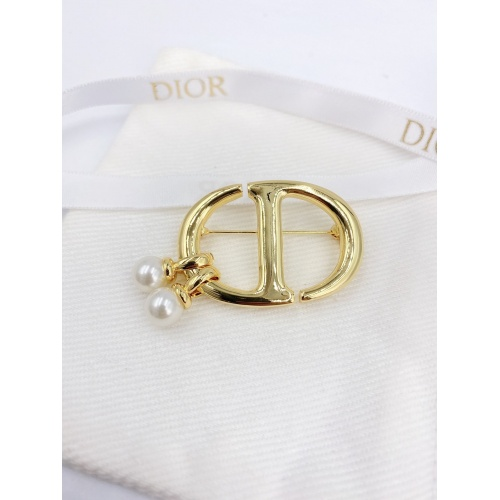 Christian Dior Brooches #843754