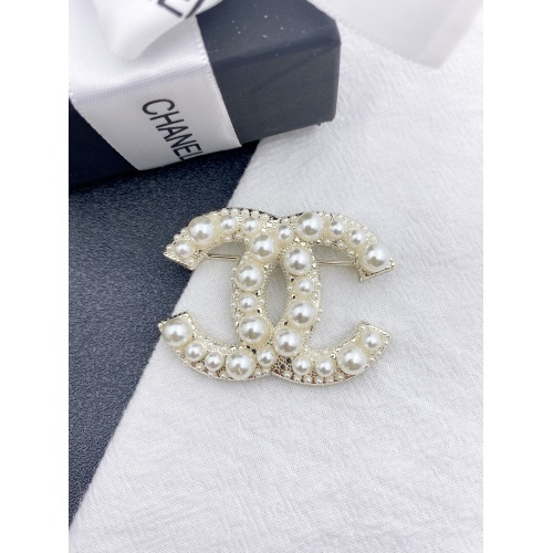 Chanel Brooches #843755
