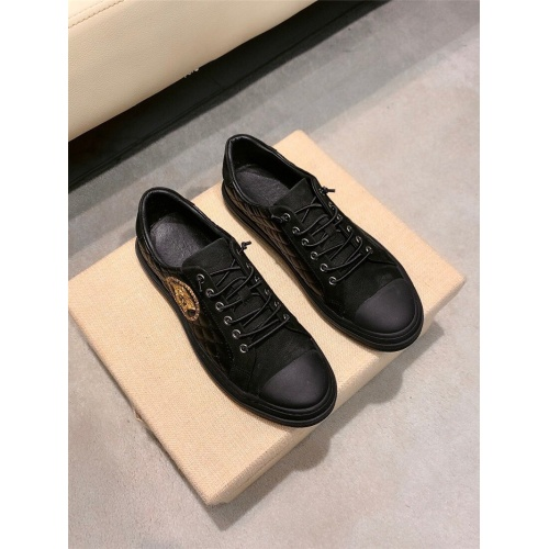 Versace Casual Shoes For Men #844877