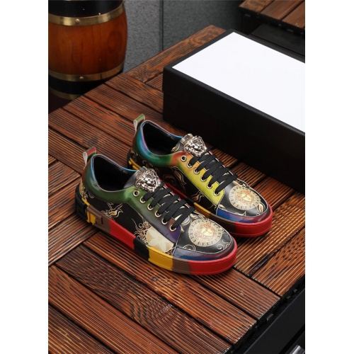 Versace Casual Shoes For Men #844879