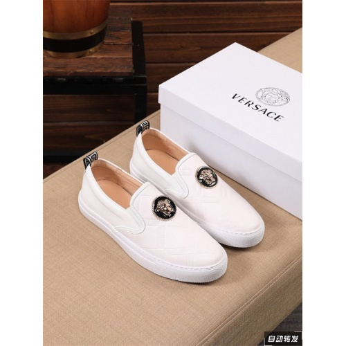 Versace Casual Shoes For Men #844880