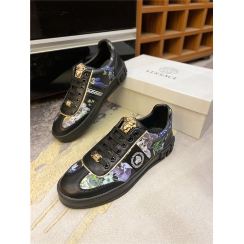 Versace Casual Shoes For Men #844952