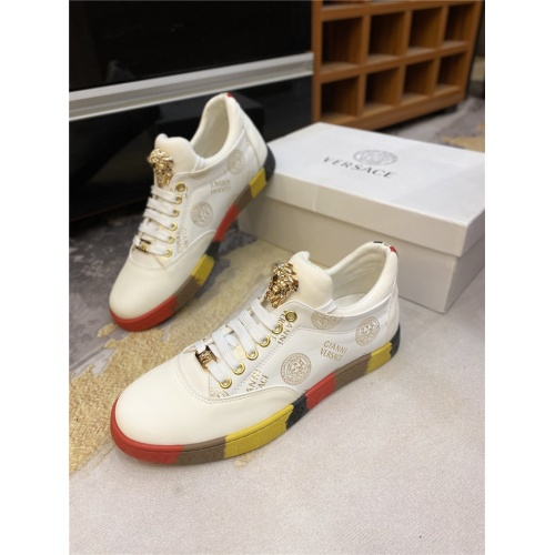 Versace Casual Shoes For Men #844954