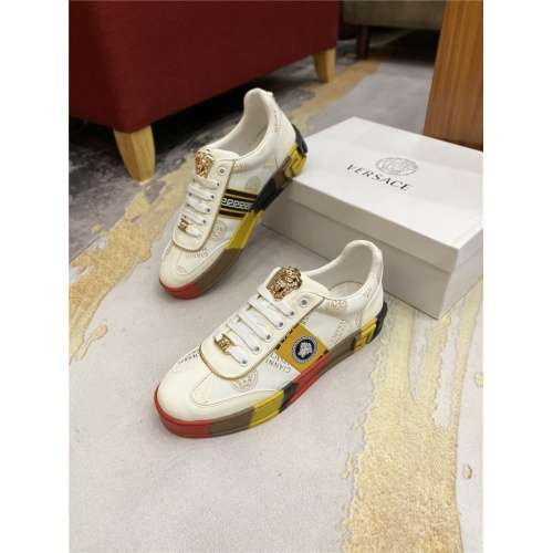Versace Casual Shoes For Men #844957