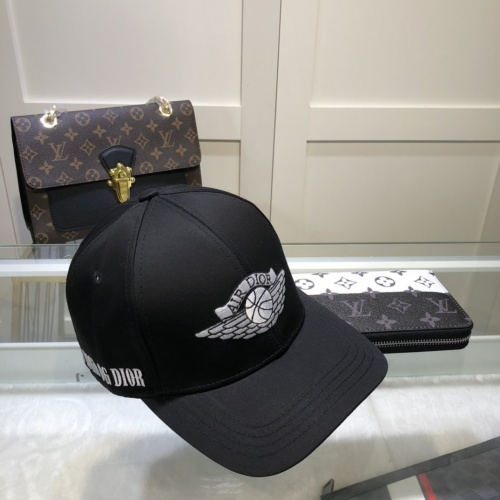 Christian Dior Caps #845011
