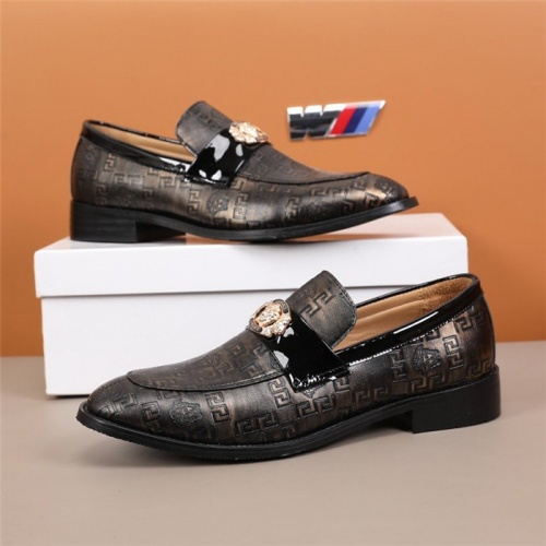 Versace Leather Shoes For Men #845416