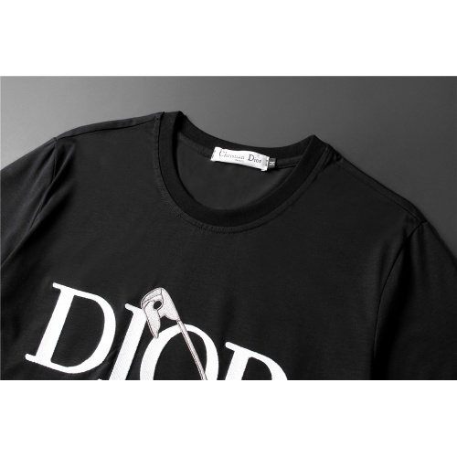 Replica Christian Dior T-Shirts Short Sleeved For Men #845642 $32.00 USD for Wholesale