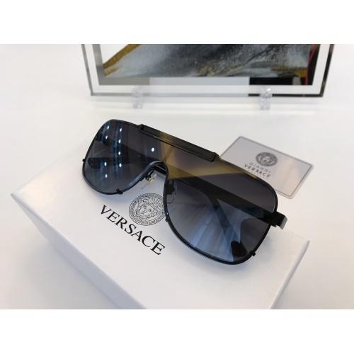 Versace AAA Quality Sunglasses #846462