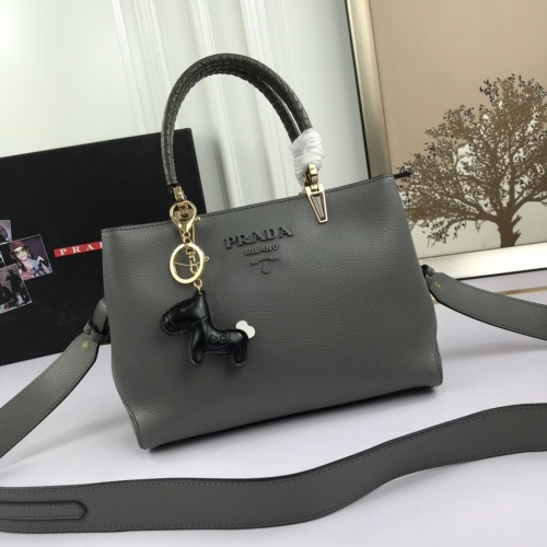 Prada AAA Quality Messeger Bags For Women #846463