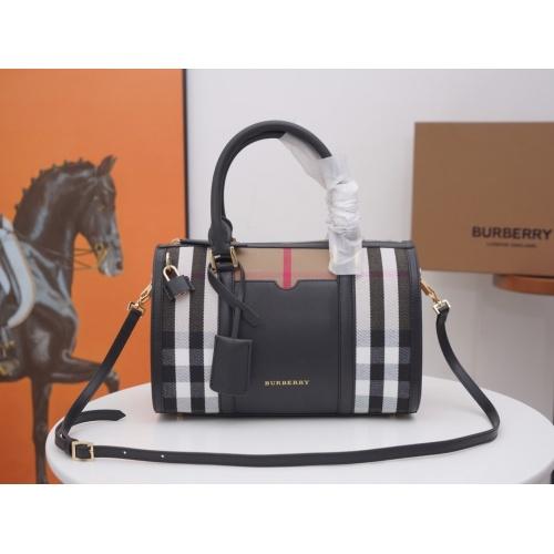 Burberry AAA Handbags For Women #846500