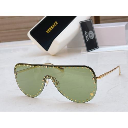 Versace AAA Quality Sunglasses #846559
