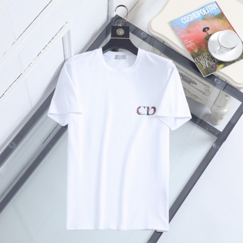 Christian Dior T-Shirts Short Sleeved For Men #847003