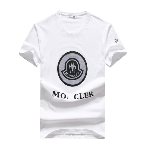 Moncler T-Shirts Short Sleeved For Men #847366
