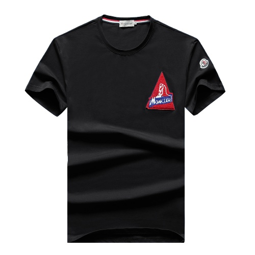 Moncler T-Shirts Short Sleeved For Men #847402