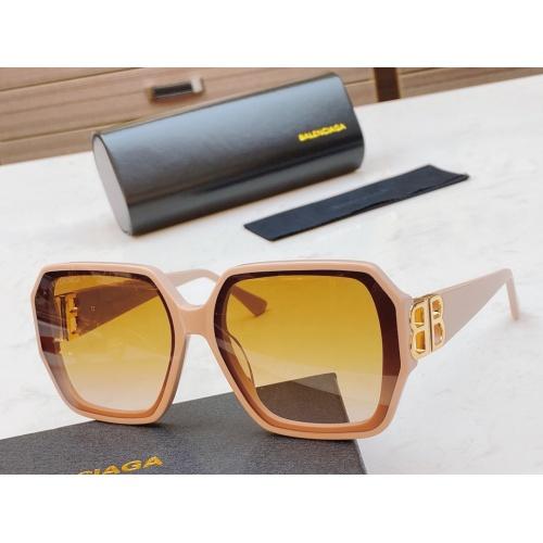 Balenciaga AAA Quality Sunglasses #847946