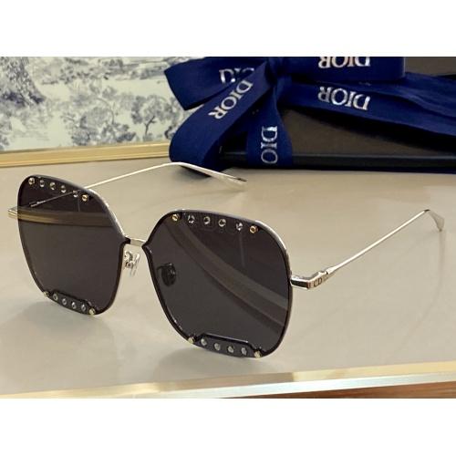 Christian Dior AAA Quality Sunglasses #847959