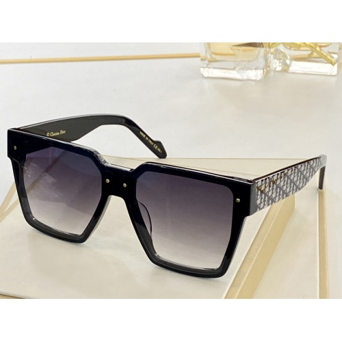 Christian Dior AAA Quality Sunglasses #847983