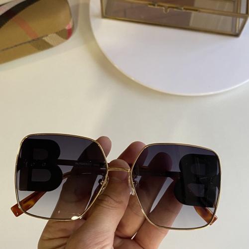 Burberry AAA Quality Sunglasses #847998