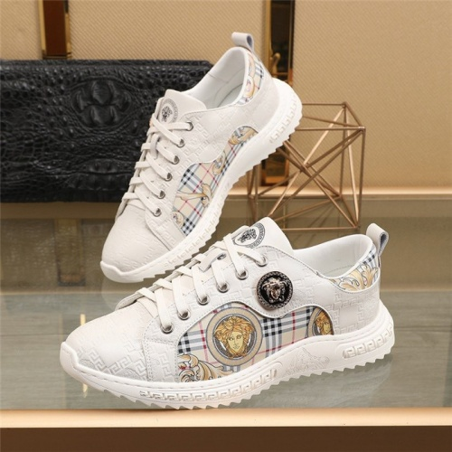 Versace Casual Shoes For Men #848166