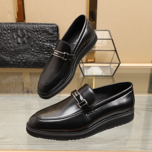 Prada Leather Shoes For Men #848443