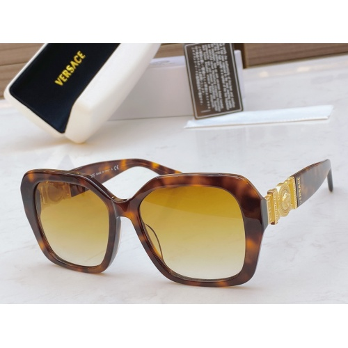 Versace AAA Quality Sunglasses #848719
