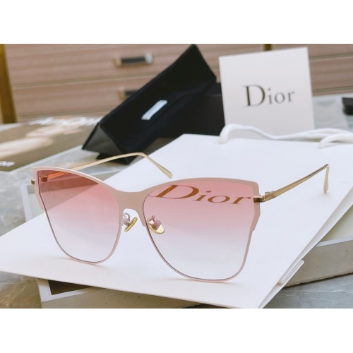 Christian Dior AAA Quality Sunglasses #848833