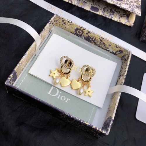 Christian Dior Earrings #849190
