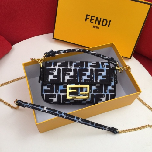 Fendi AAA Messenger Bags For Women #849311