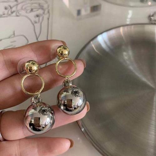 Celine Earrings #849477