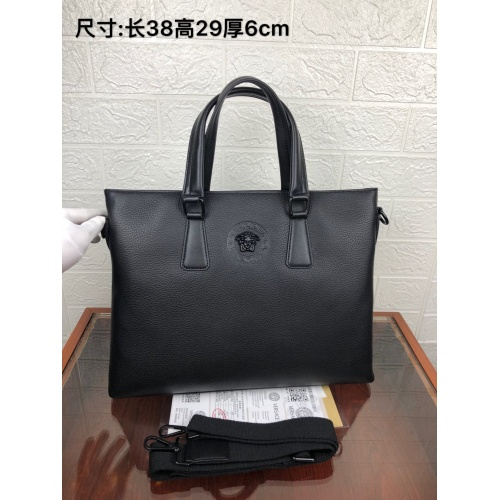 Versace AAA Man Handbags #849622