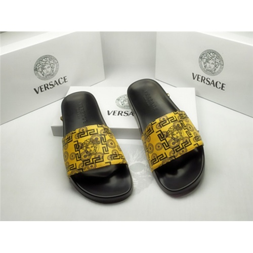 Versace Slippers For Men #850121