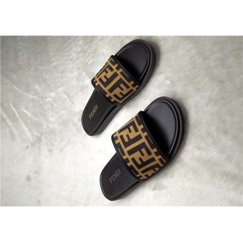Fendi Slippers For Men #850139