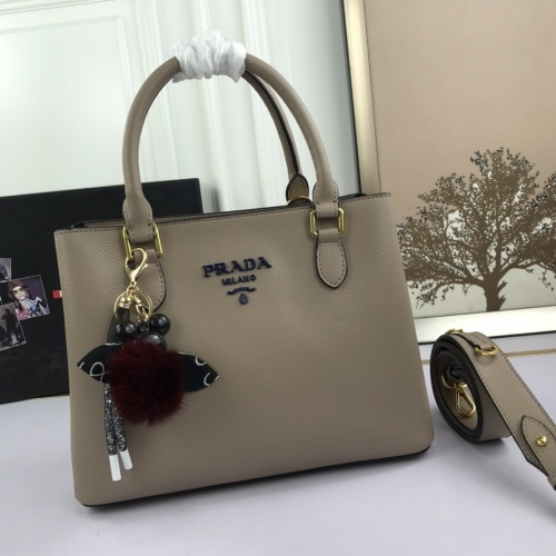 Prada AAA Quality Handbags For Women #850183