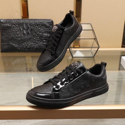 Versace Casual Shoes For Men #850388 $88.00 USD, Wholesale Replica Versace Casual Shoes